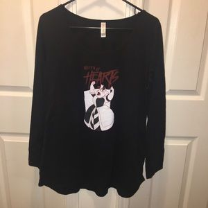 QUEEN OF HEARTS LULAROE TOP (C1)
